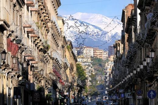 Stock Photo: 1566-571675 Italy, Sicily, Catania, World Heritage Site, Via Etnea and Mount Etna 3346 m