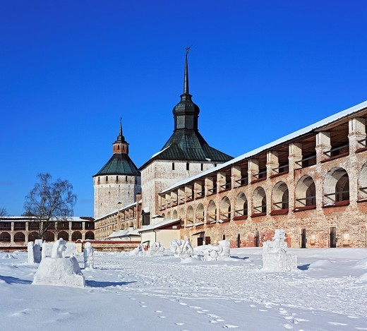 Stock Photo: 1566-574850 Towers of Kirillo-Belozersky Monastery, Kirillov, Vologda region, Russia