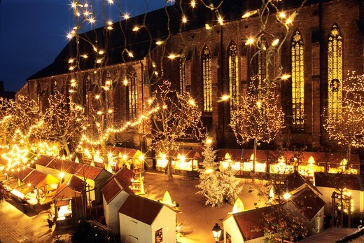 Stock Photo: 1566-577509 Christmas market, Dominicans square, Colmar, Haut-Rhin department, Alsace region, north-eastern France, Europe