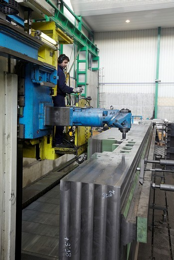 Stock Photo: 1566-578272 Fresadora horizontal, Construcción mecanosoldada de grandes piezas, Caldereria en acero inoxidable, Gipuzkoa, Euskadi, Spain