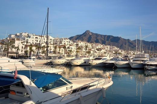 Luxury yachts at Puerto Jose Banus  Jose Banus Port  Marbella, Malaga Province, Costa del Sol, Spain : Stock Photo