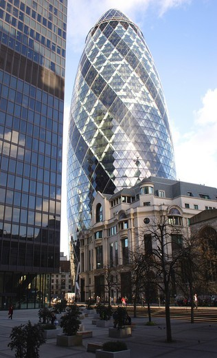 Stock Photo: 1566-582196 Swiss Re Tower London