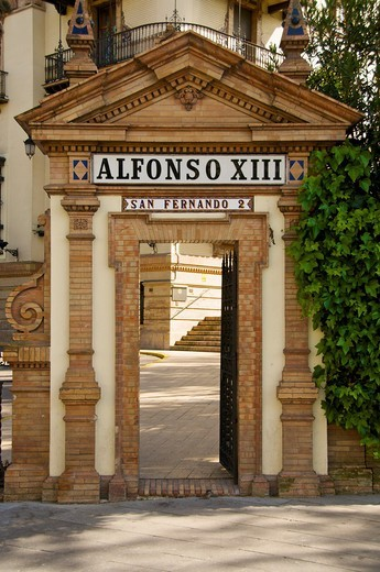 Stock Photo: 1566-583532 Hotel Alfonso XIII entrance Sevilla Andalucia Spain