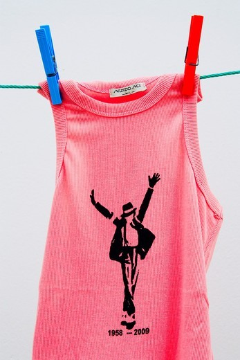 Michael Jackson T-shirt on washing line in Spain : Stock Photo