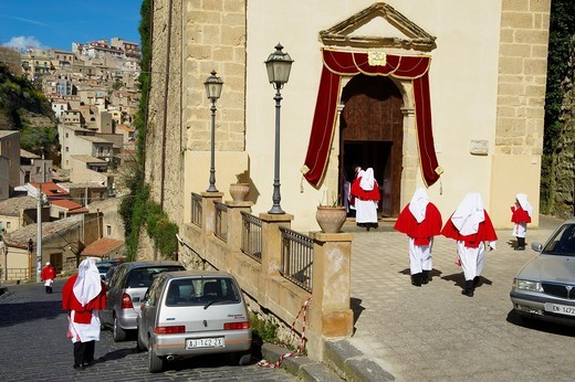 Stock Photo: 1566-585360 Italy, Sicily, Enna, Procession of Good Friday