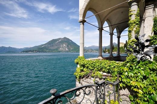 Stock Photo: 1566-589887 Varenna, Villa Monastero Lago di Como, Italy