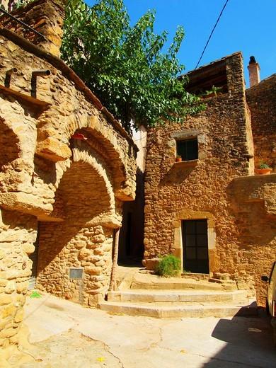 Stock Photo: 1566-592161 Madremanya  Medieval town  Girona  Catalunya  Spain