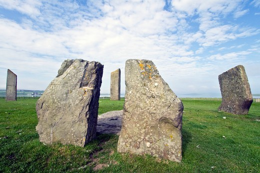 Standing Stones of Stenness, Orkney Islands, Scotland  MORE INFO The Standing Stones of Stenness form an impressive Neolithic monument on the mainland of Orkney, Scotland  This ring of standing stones is believed to date from at least 3,000 B C : Stock Photo