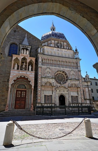 Stock Photo: 1566-595886 italy, Bergamo, S M Maggiore, Colleoni chapel,