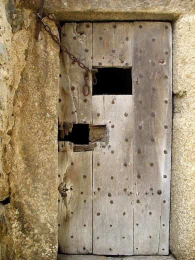 Stock Photo: 1566-597691 Old door damaged