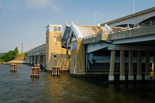 Kent Narrows Drawbridge, Kent Narrows, Maryland USA : Stock Photo