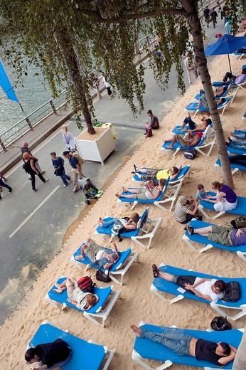 Stock Photo: 1566-598847 Paris, France, High Angle View of Annual Beach on Seine River Quay, Paris Plage