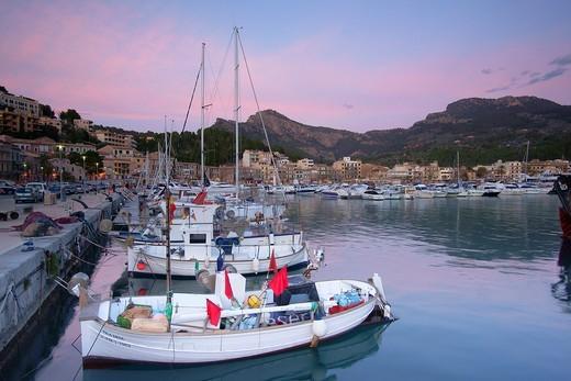 Stock Photo: 1566-600660 Port de Soller Mallorca Tramuntana Spain Balearic islands