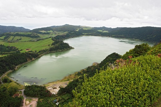 Lagoa das Furnas / Lake Furnas / Sao Miguel Island, Azores / Portugal : Stock Photo