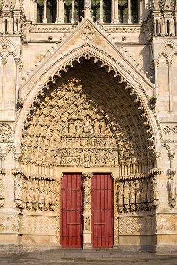 Stock Photo: 1566-601457 Ornate doorway of the Cathedral of Notre Dame, from XIII Century, in Amiens listed as World Heritage by UNESCO  It´s the Highest ghotic cathedral of France