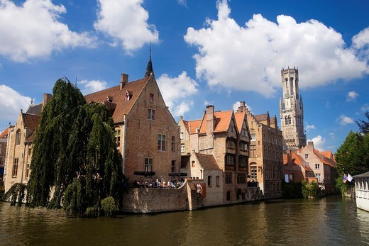 Stock Photo: 1566-601808 Typical canal in the medieval town of Brugge, listed World Heritage Site by UNESCO  Flanders  Belgium