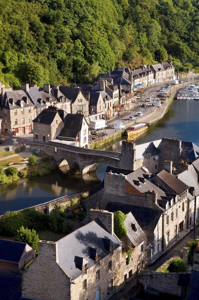 Stock Photo: 1566-601827 Overview of the old town of Dinan, in Cotes d´Armor department, Brittany  France