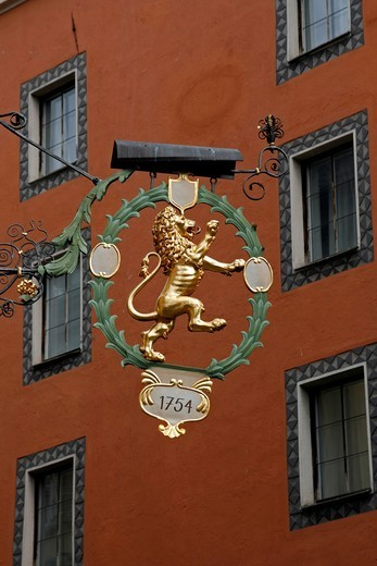 Stock Photo: 1566-604648 Old Town hotel golden sign, Innsbruck, Tyrol, Austria