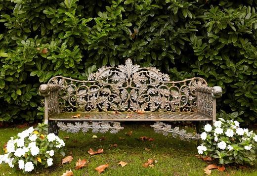 Stock Photo: 1566-606631 Garden bench, Cenador de Amos restaurant, Villaverde de Pontones, Cantabria, Spain