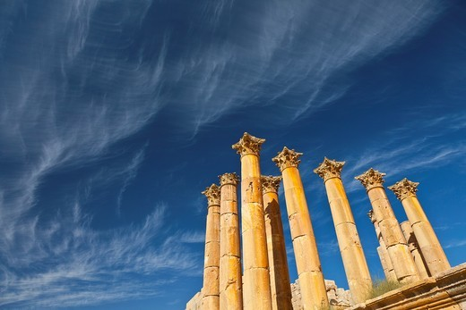 Stock Photo: 1566-611938 Temple of Artemisa or Diana, Greco-Roman city of Jerash, Jordan, Middle East