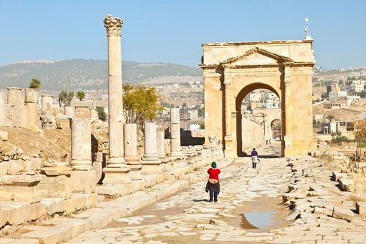 Stock Photo: 1566-611966 North Tetrapylon, Greco-Roman city of Jerash, Jordan, Middle East