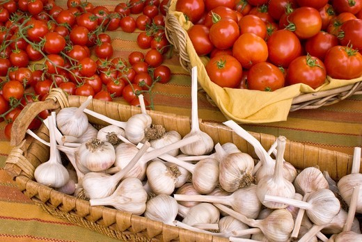 Organic locally grown produce at farmers´ market in Nevada City, California : Stock Photo