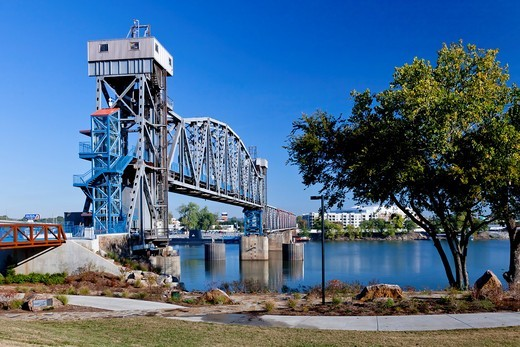 A bridge over the Arkansas river in Little Rock, Arkansas, USA : Stock Photo