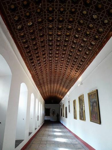 Claustro. Convento de San Antonio de Padua. Segovia. Castilla y León. España. : Stock Photo