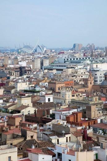 Panoramic view of Valencia, With ´La ciudad de las Artes y las ciencias´ at the back : Stock Photo