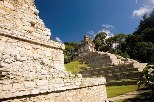 Clásico Tardío (600_900 d. C.) Templo de la Cruz. Palenque. Chiapas. México. : Stock Photo