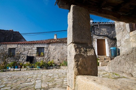 Trevejo street  Villamiel  Sierra de Gata  Caceres province  Extremadura  Spain : Stock Photo