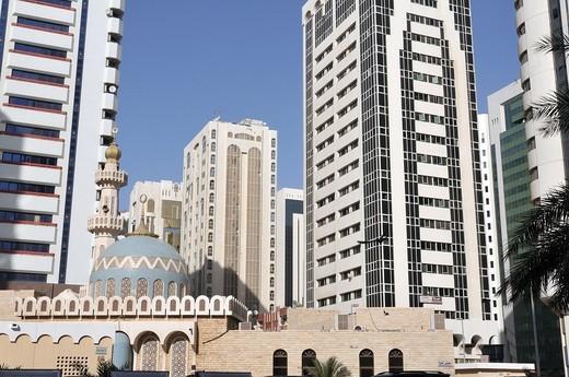 Stock Photo: 1566-624498 Dhabi Hamdan Mosque, business district Al Markaziyah, Abu Dhabi, United Arab Emirates