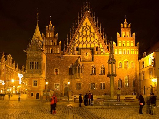 Town Hall, pillory and marketplace in Wroclaw, Poland  Late Gothic with elements of Renaissance  East elevation : Stock Photo
