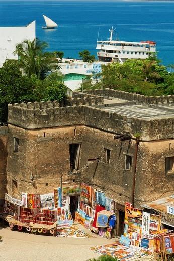 Stock Photo: 1566-629736 Tanzanie, archipel de Zanzibar, ile de Unguja Zanzibar, ville de Zanzibar, quartier Stone Town classe patrimoine mondial UNESCO, ancien fort Arabe // Tanzania, Zanzibar island, Unguja, Stone Town, unesco world heritage, old Arab fort