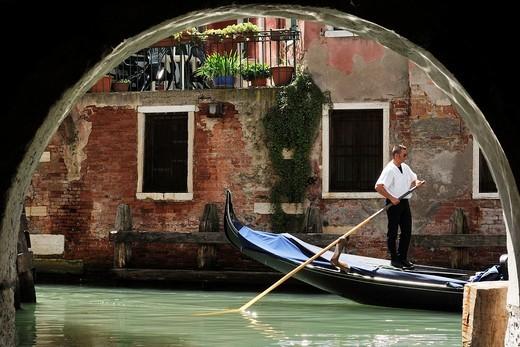 Stock Photo: 1566-631239 Venice  Italy  Rio di San Giovanni Laterano dal Corte Botera Castello