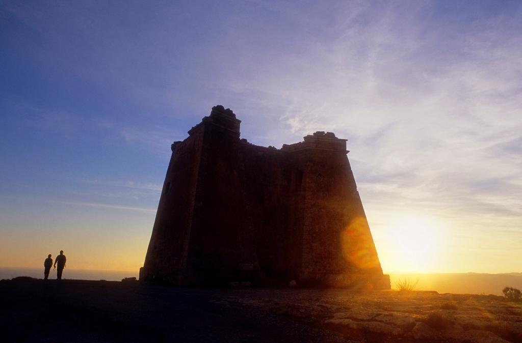 Tower of Mesa de Roldan Carboneras, Cabo de Gata-Nijar Natural Park  Biosphere Reserve, Almeria province, Andalucia, Spain : Stock Photo