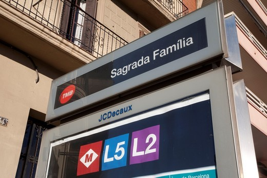 Sagrada Familia Subway Station Metro Sign in Barcelona, Catalonia, Spain : Stock Photo