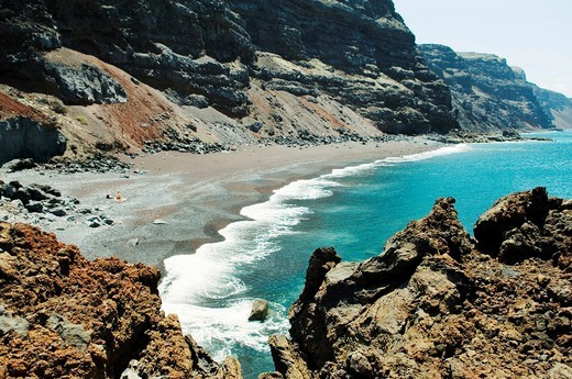 El Hierro, Canary Islands  The red black volcanic sand beach of the Playa del Verodal is the largest on the island : Stock Photo