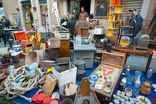 Stock Photo: 1566-635234 Italy, Turin, Porta Palazzo district, flea market at Borgo Dora.