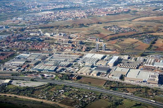 Stock Photo: 1566-638478 Spain, Catalonia, Barcelona, Barcelonés, la Llagosta industrial area (in foreground) and Ripollet (top left)