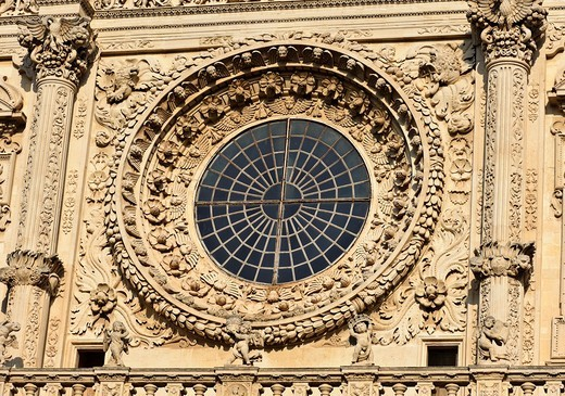 The Basilica di Santa Croce Basilica of the Holy Cross, close up of the rose window, Lecce, Puglia, Italy : Stock Photo