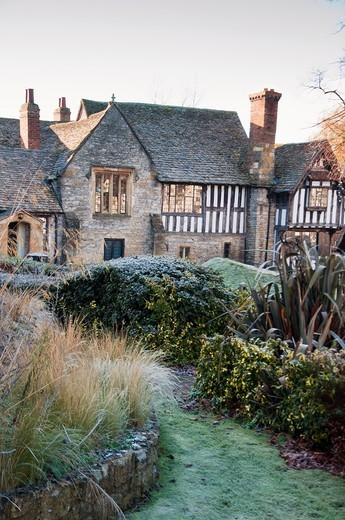 The Almonry Museum on frosty winter´s morning, Evesham, Worcestershire, England : Stock Photo
