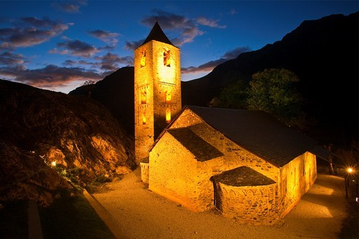 Sant Joan de Boí Romanesque church  Boí Valley, Alta Ribagorça, Pyrenees Mountains  Lleida province  Catalunya  Spain : Stock Photo