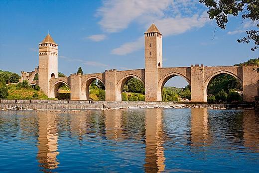 Valentré bridge. City of Cahors. Quercy. Lot. France. : Stock Photo