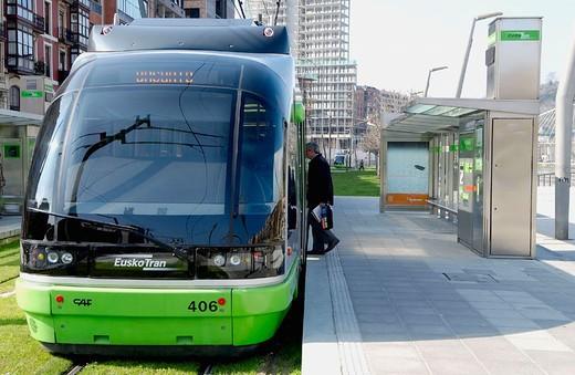 Tramway. Muelle de Uribitarte. Bilbao. Bizkaia. Euskadi. Spain. : Stock Photo