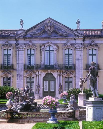 Neptune fountain, Palacio de queluz, queluz, Portugal. : Stock Photo