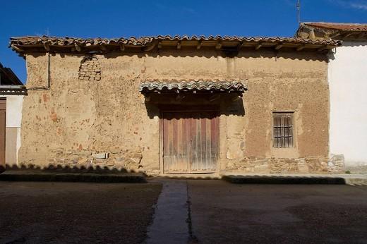 Typical house, Pobladura del Valle. Zamora province, Castilla-Leon, Spain : Stock Photo