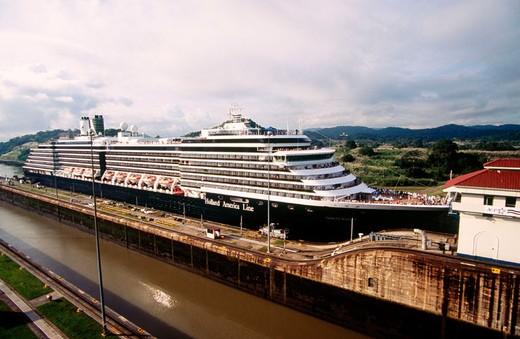 Cruise ship crossing Miraflores locks. Canal de Panama. Panama : Stock Photo