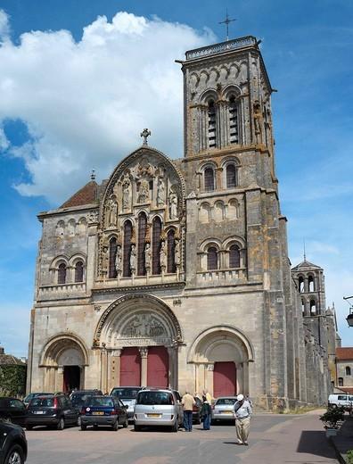 Church Sainte-Marie-Madeleine, Vézelay, Burgundy, France : Stock Photo