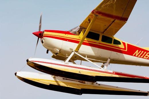 Seaplane landing at Lake Hood Seaplane Base (the busiest seaplane base in the world), Anchorage, Alaska : Stock Photo